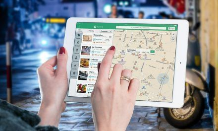 Les applications voyage indispensables aux voyageuses connectées