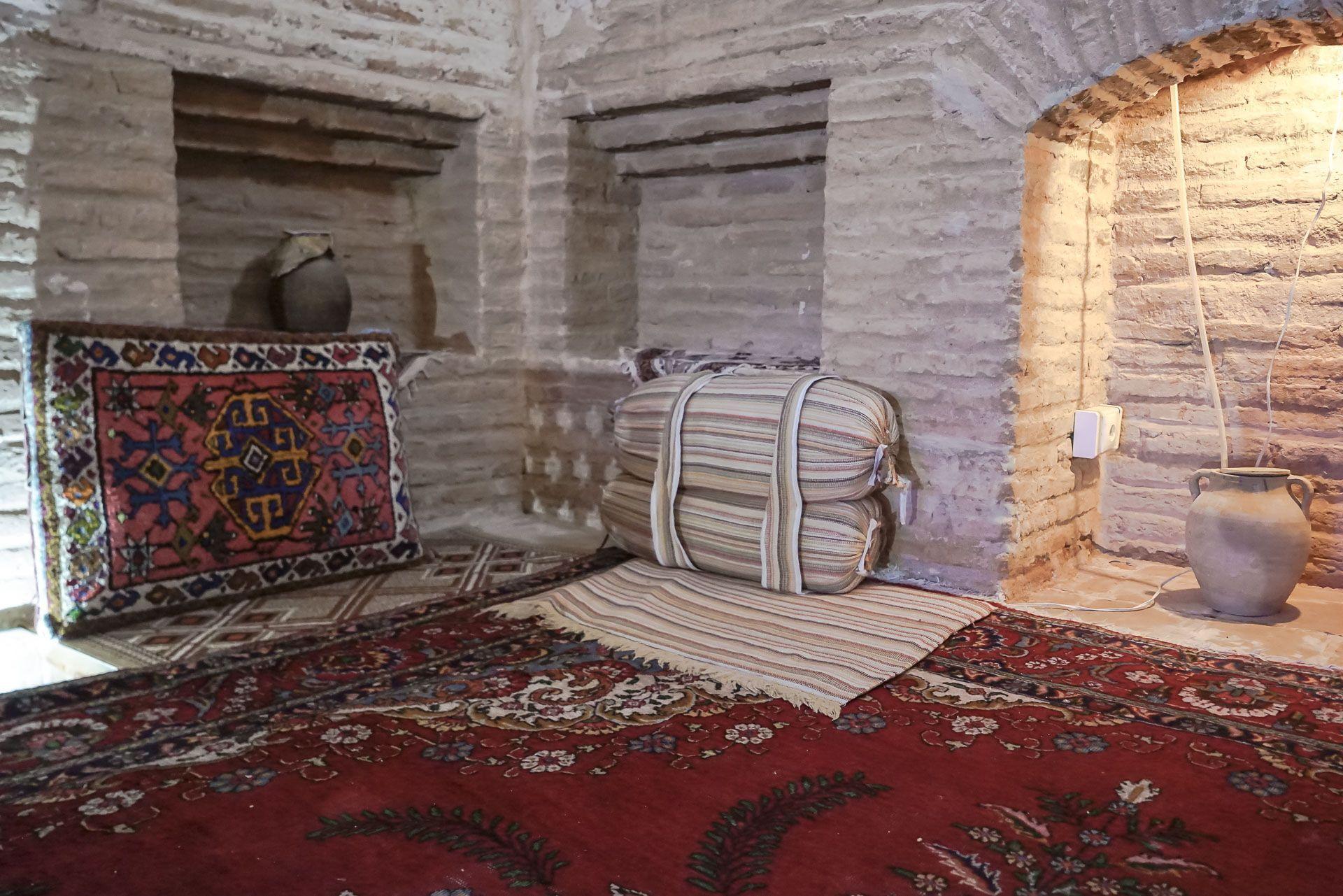 Lesvoyageuses-Iran-Desert-Central-Caravanserail-Kuhpa-11