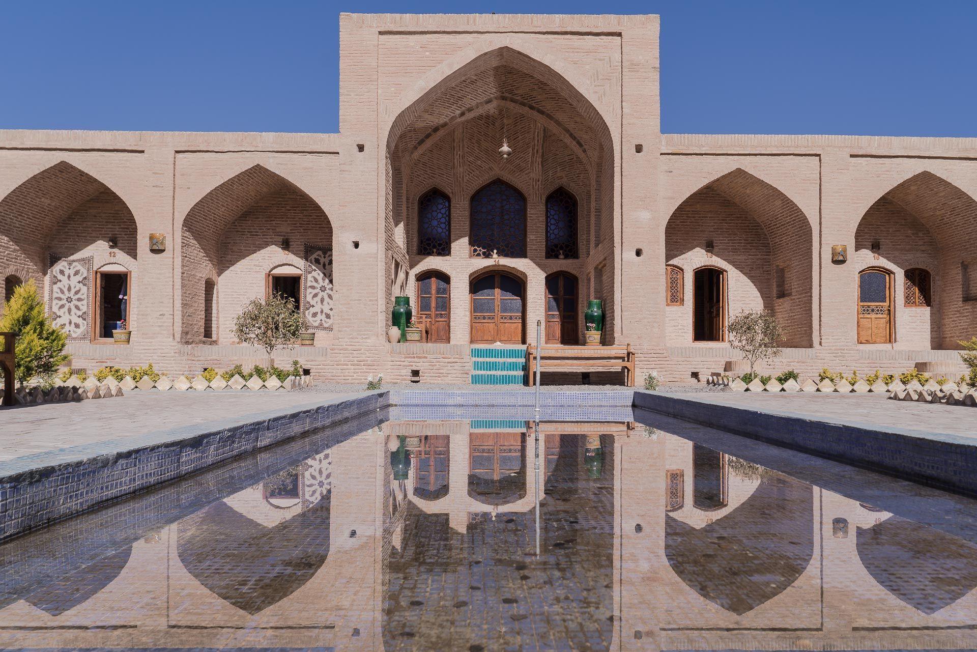 Lesvoyageuses-Iran-Desert-Central-Caravanserail-Kuhpa-2