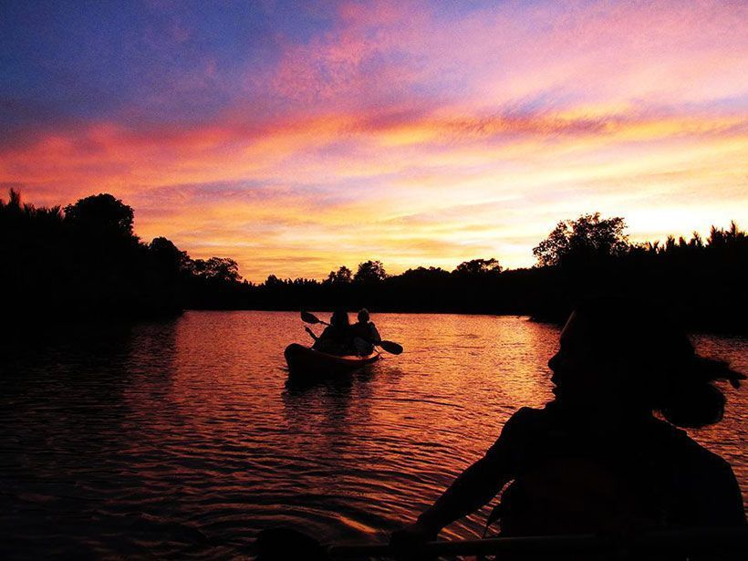 les-voyageuses-test-kayak-nocturne-lucioles-bohol-philippines-sunset