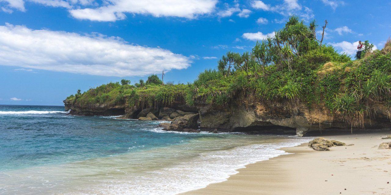 Quelles plages choisir à Bali : farniente, surf, plongée ou party?