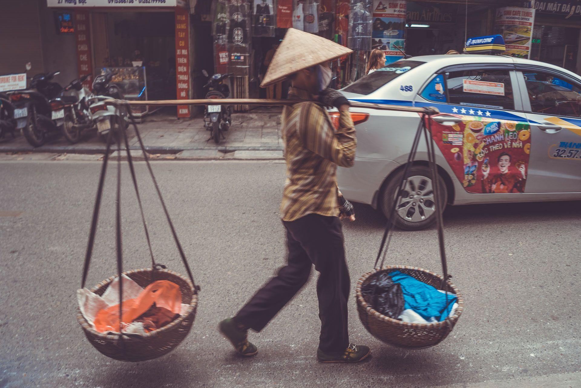 LesVoyageuses-Vietnam-hanoi-tour-vespa-adventures-1