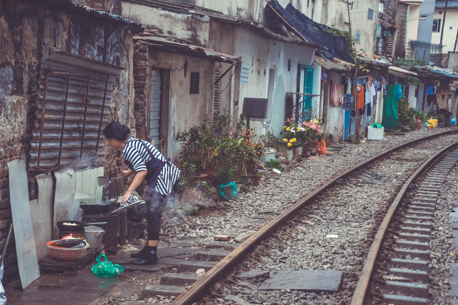LesVoyageuses-Vietnam-hanoi-tour-vespa-adventures-18