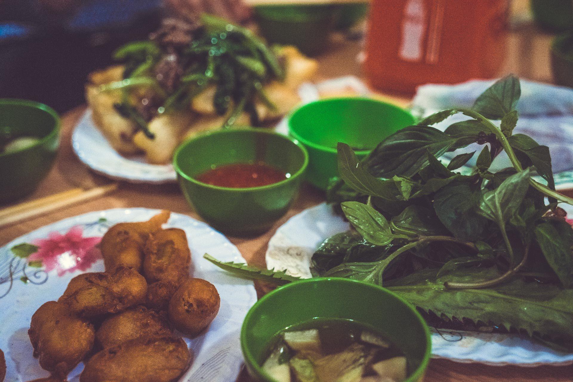 LesVoyageuses-Vietnam-hanoi-tour-vespa-adventures-37