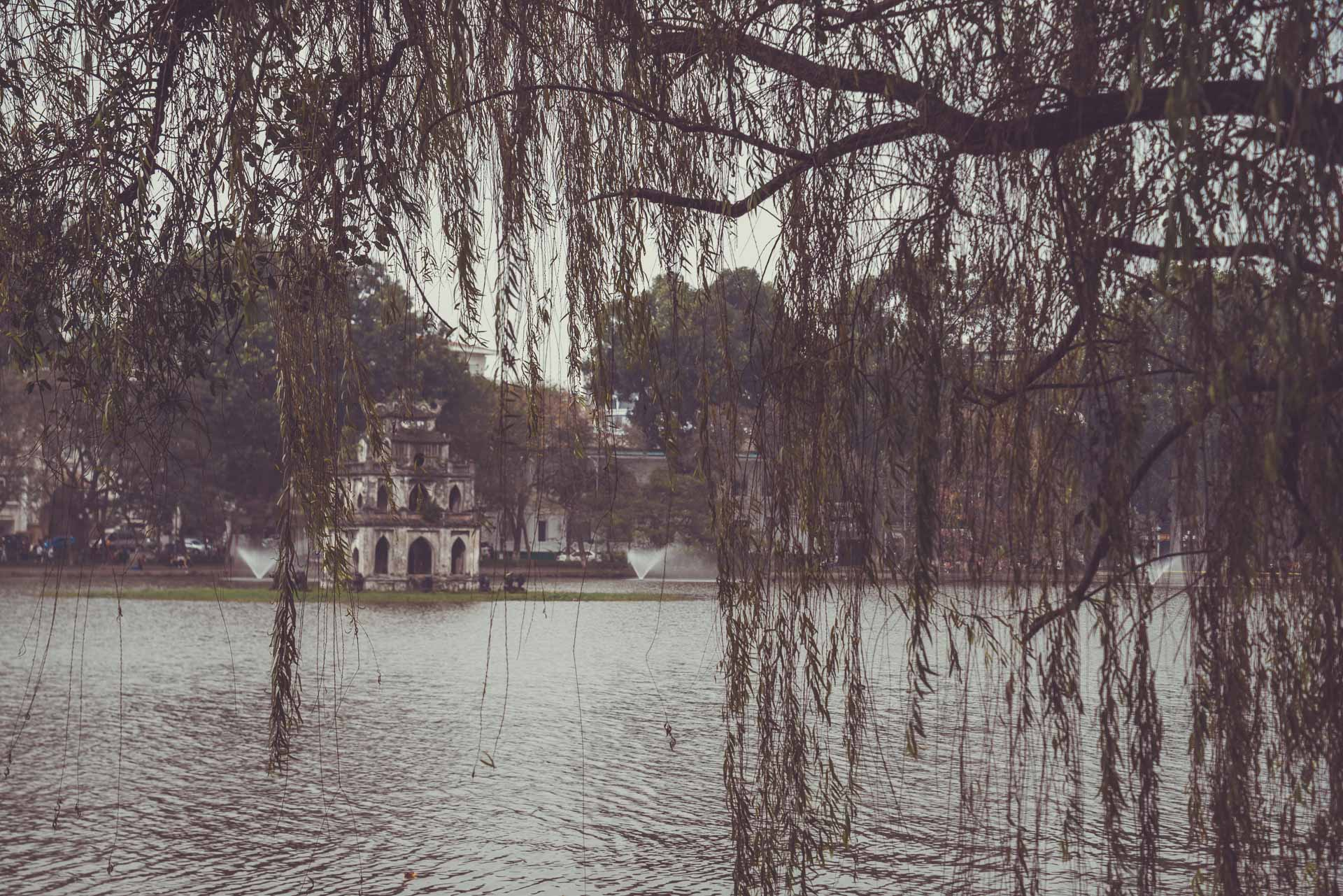 LesVoyageuses-Vietnam-hanoi-tour-vespa-adventures-9