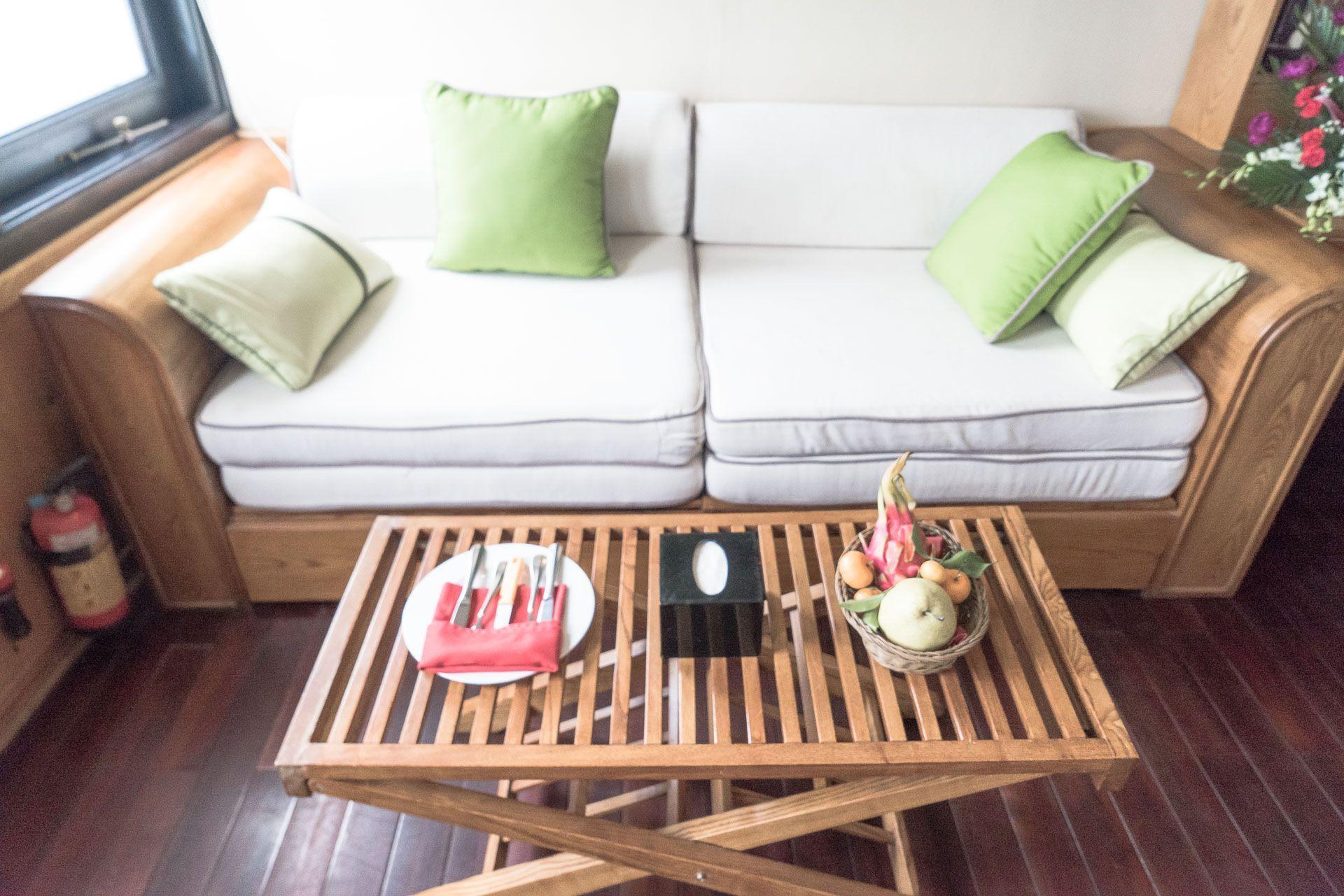 lesvoyageuses-croisiere-a-ha-long-bay-vietnam-1