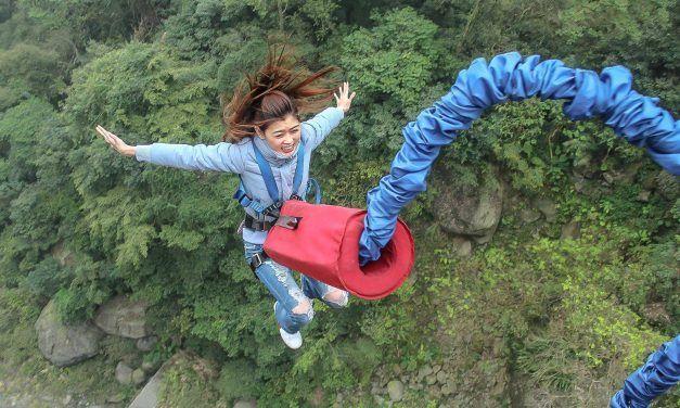 Top 10 des sauts en élastique les plus hauts au monde. Oserais-tu sauter?
