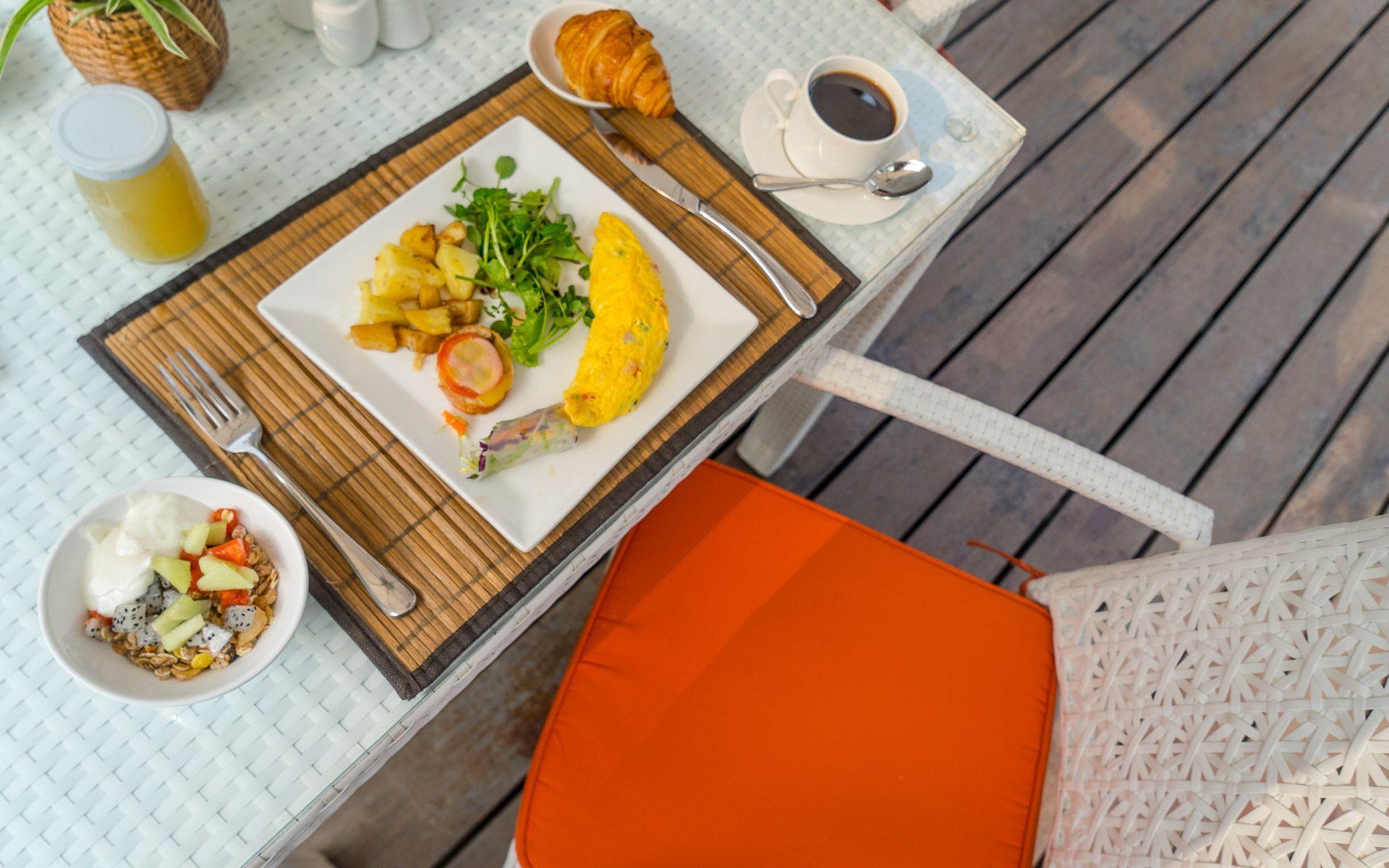 Lesvoyageuses-voyage-laos-luang-prabang-hotel-parasol-blanc-3